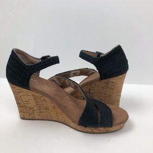 Toms Black Clarissa Wedge Cloth Strap Sandals 7.5